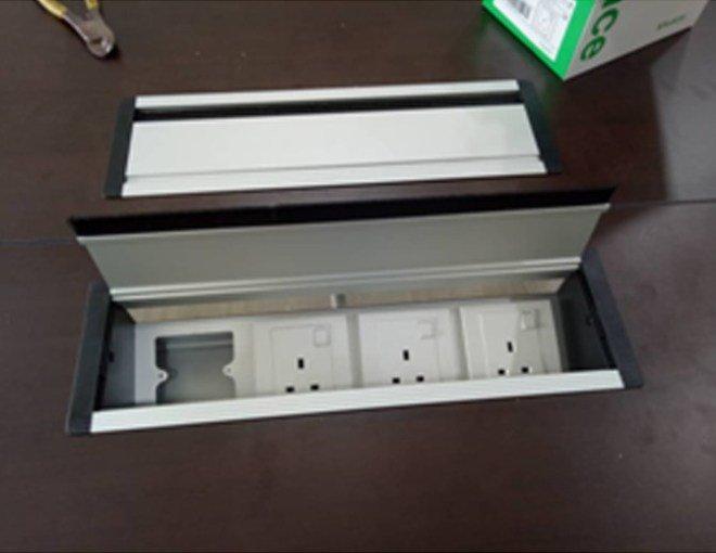 office furniture supplier
